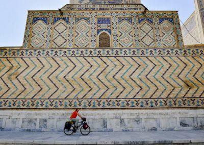 Uzbekistan Samarkand Mosque picture taken by photographer Megumi Okamoko 1