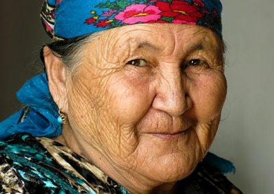 Uzbekistan family invited me in